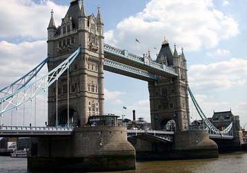 Pr stamos y becas para estudiar en el reino unido for Requisitos para estudiar arquitectura
